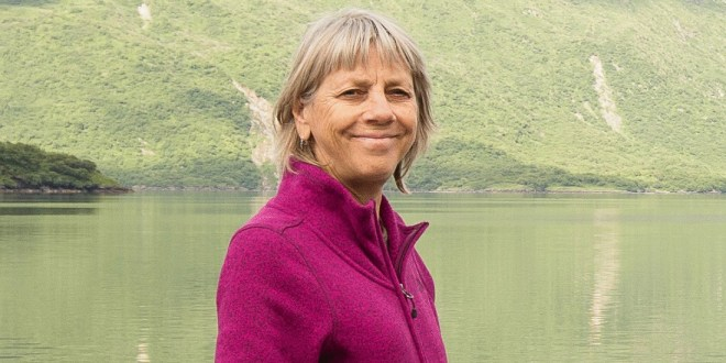 Kodiak National Wildlife Refuge Manager Retires