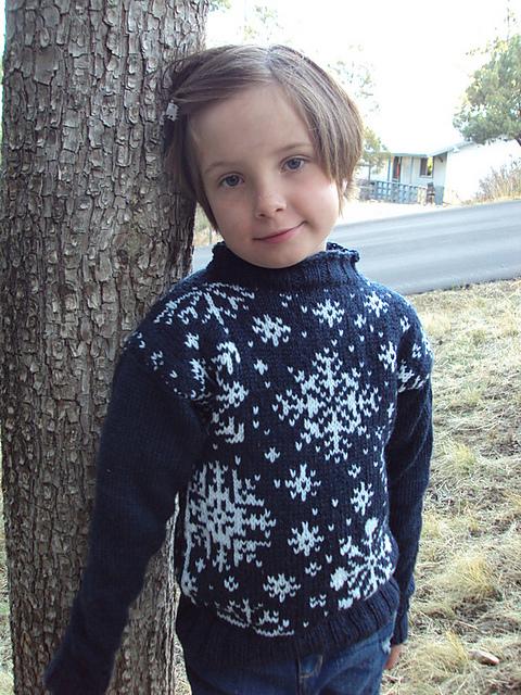 snowfklae sweater