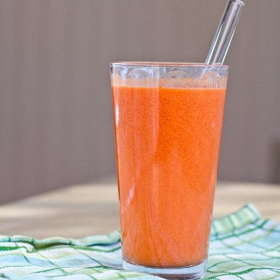 grapefruit, carrot & ginger smoothie: knittedbliss.com