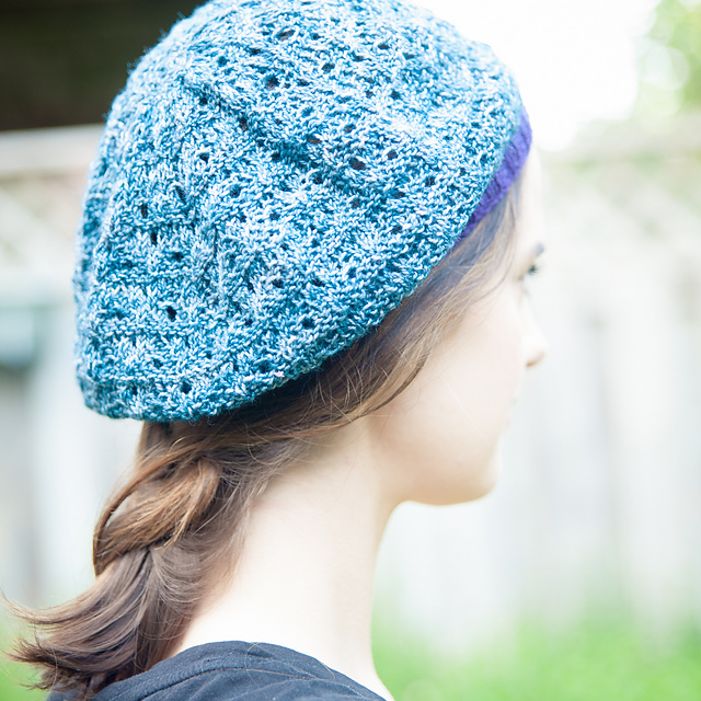 Modification Monday: Triangles Tam | knittedbliss.com