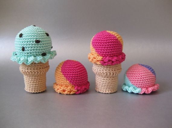 Pin Ups and Link Love: Crocheted Ice Cream Cones   knittedbliss.com