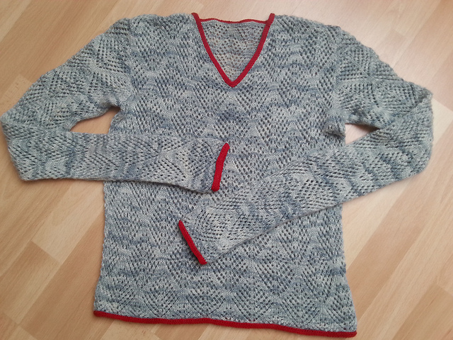 Modification Monday: Halligarth Sweater | knittedbliss.com