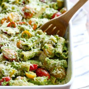 Pin Ups and Link Love: Healthy Baked Pesto Rigatoni | knittedbliss.com