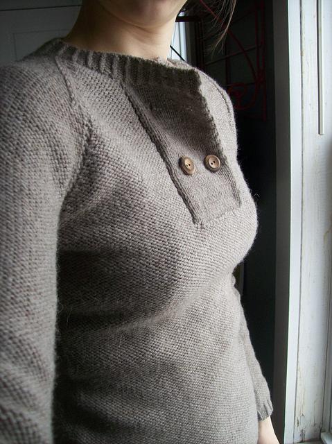 Modification Monday: Humanoid Knockoff | knittedbliss.com