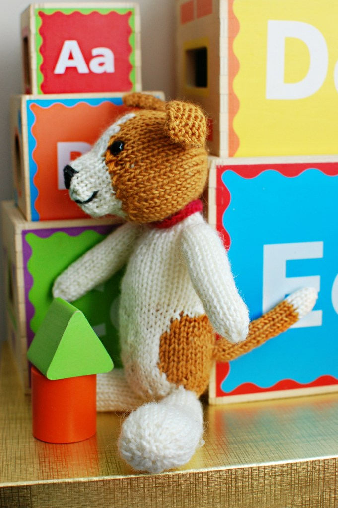 Fudge the Puppy | knittedbliss.com