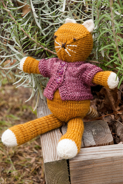 Modification Monday: Kitty | knittedbliss.com