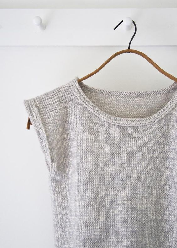 Pin Ups and Link Love: Purl Soho Knitted Tee | knittedbliss.com