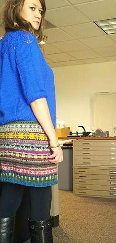 Modification Monday: Stashbuster Fair Isle Skirt | knittedbliss.com