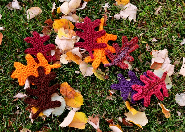 Knit an Oak Leaf for Fall   Knitting