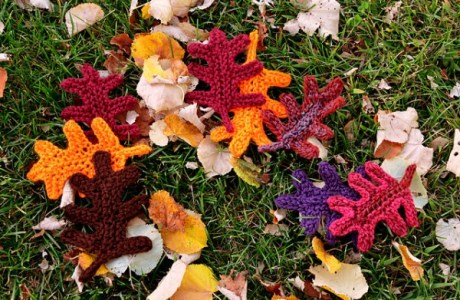 Knit a flurry of oak leaves in a hurry.