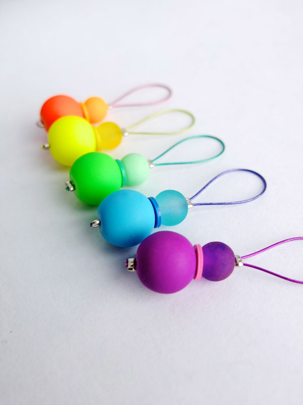 Knitting Stitch Markers How To Make : Make your own colorful stitch markers knitting