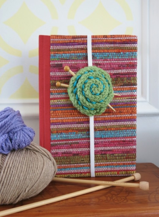 knit a yarn ball bookmark