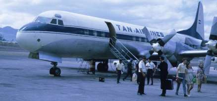 1280px-Lockheed_L-188_Electra_(TAN_Airlines_1970)