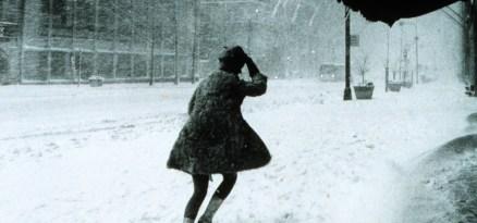 Miniskirts_in_snow_storm