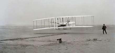 1280px-First_flight2