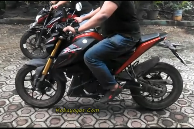 Adu Burnout Yamaha Xabre vs New CB150R 2