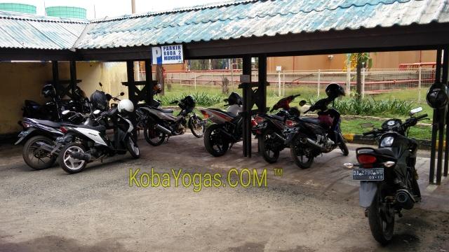 Yamaha menguasai parkiran