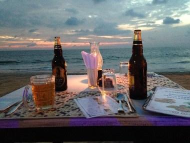 Hapje eten op het strand