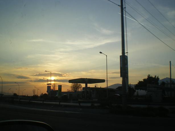 Sunset 2 Attiki odos