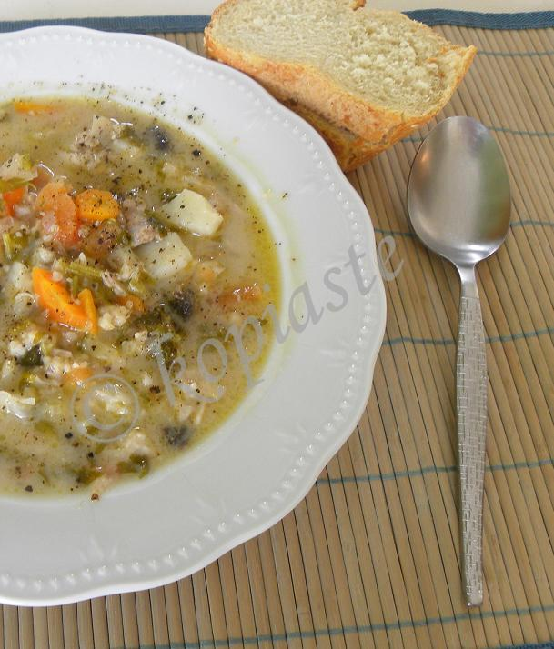 Soup trahanas with chicken