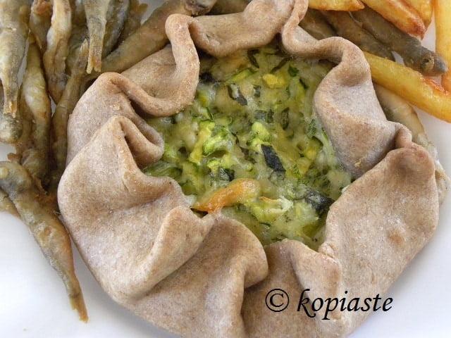 zucchini galette kouloulopita me kolokythi