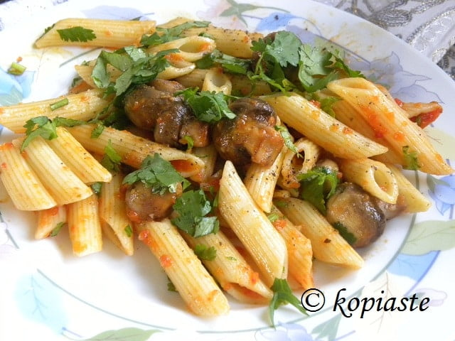 Penne Mushrooms and Marinara Sauce2