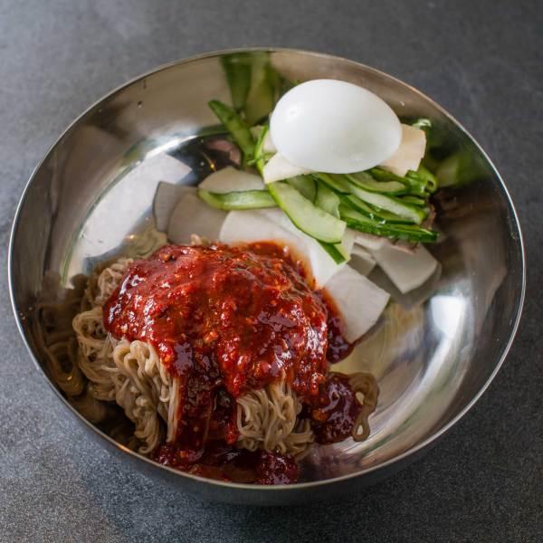 Bibim Naeng Myun 비빔냉면