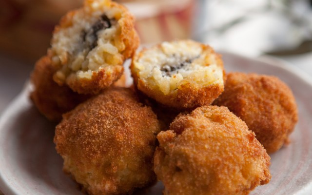 Mushroom Arancini (Rice Croquettes stuffed with mushrooms)