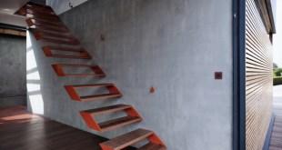 modern-steel-staircase-design-2-thumb-630xauto-53759