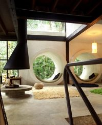 concrete-white-tunnel-best-reading-nooks-600x737