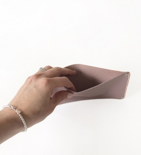 DIY Leather Pouches by kraft&mint tutorial