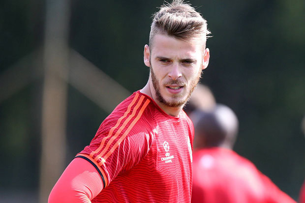 Real Madrid and Manchester United exchange accusations  as transfer window closes with De Gea transfer saga unresolved