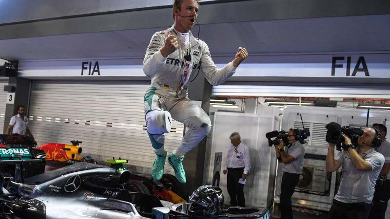 Rosberg Wins Hard-Fought Singapore GP to Go Past Hamilton in Championship Standings