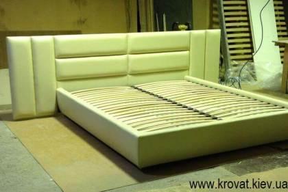 кровать-в-коже