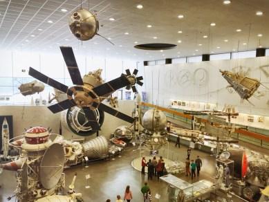 Satelliten satt im Raumfahrtmuseum von Kaluga