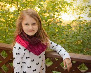 Cherry Cowl Free Pattern and Sweet Roll Review   KT and the Squid