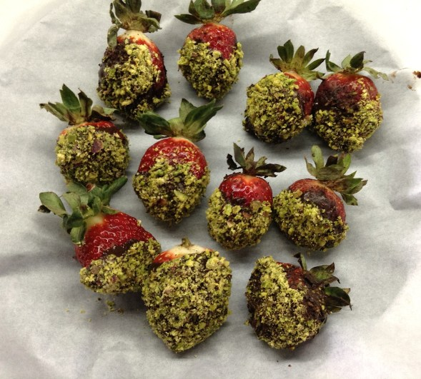 Pistachio Covered Strawbs