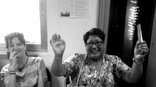 Yksi PAH Vallekasin naisista kertoo yhteisneuvonnassa, kuinka voitti pankin ja saavutti velka-armahduksen.