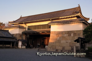 Morning light on Nijo entrance gate