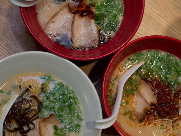 akamara shinaji, shiromaru motoaji, and karaka-men ramen