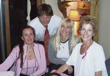Isabelle Dusastre (directrice de la Fondation Kelly Shires & présidente au Quebec), le Dr. Jean-Philippe Pignol, Suzy Stenoff (co-fondatrice et directrice Fondation Kelly Shires) et Kelly Shires.