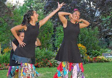 Les danseuses de la troupe The Alice Odyssey.