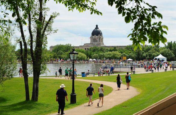Le lac du Centre Wascana à Regina. (Photo: Regina Hotel Association, Tourisme Regina)