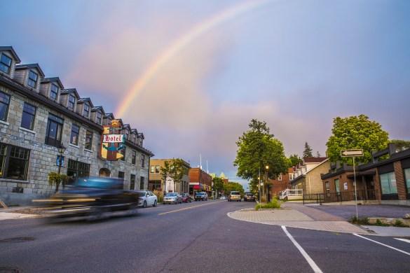 Le fameux hôtel British sur la patrimoniale rue Principale du Vieux-Aylmer. (Photo: Maude Poulin)