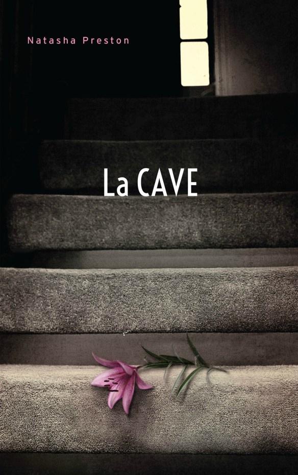 Natasha Preston, La Cave, roman traduit de l'anglais par Axelle Demoulin et Nicolas Ancion, Paris, Éditions Hachette, 2017, 400 pages, 29, 95 $.