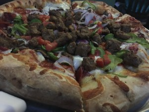 Dinner at Oggi's Sports|Brewhouse|Pizza
