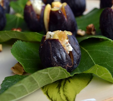 Fresh figs stuffed with Gorgonzola Dolce & toasted walnuts