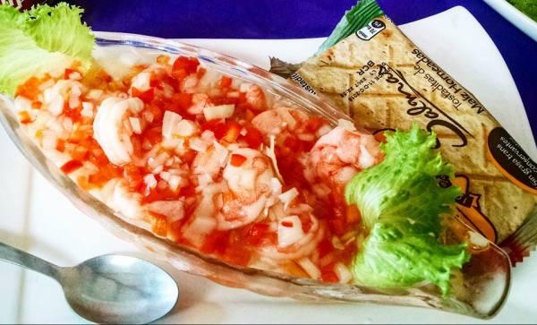 Ceviche de camarones, gastronomía de Panamá