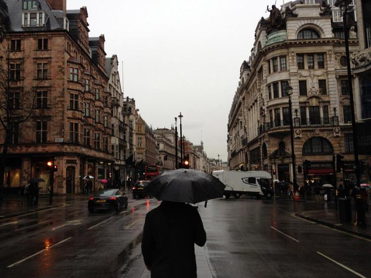 mike-walking-on-the-way-to-picadilly