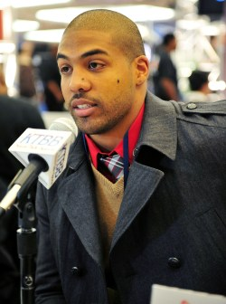 http://i2.wp.com/ladiesdotdotdot.files.wordpress.com/2011/11/arianfoster11.jpg?resize=250%2C336